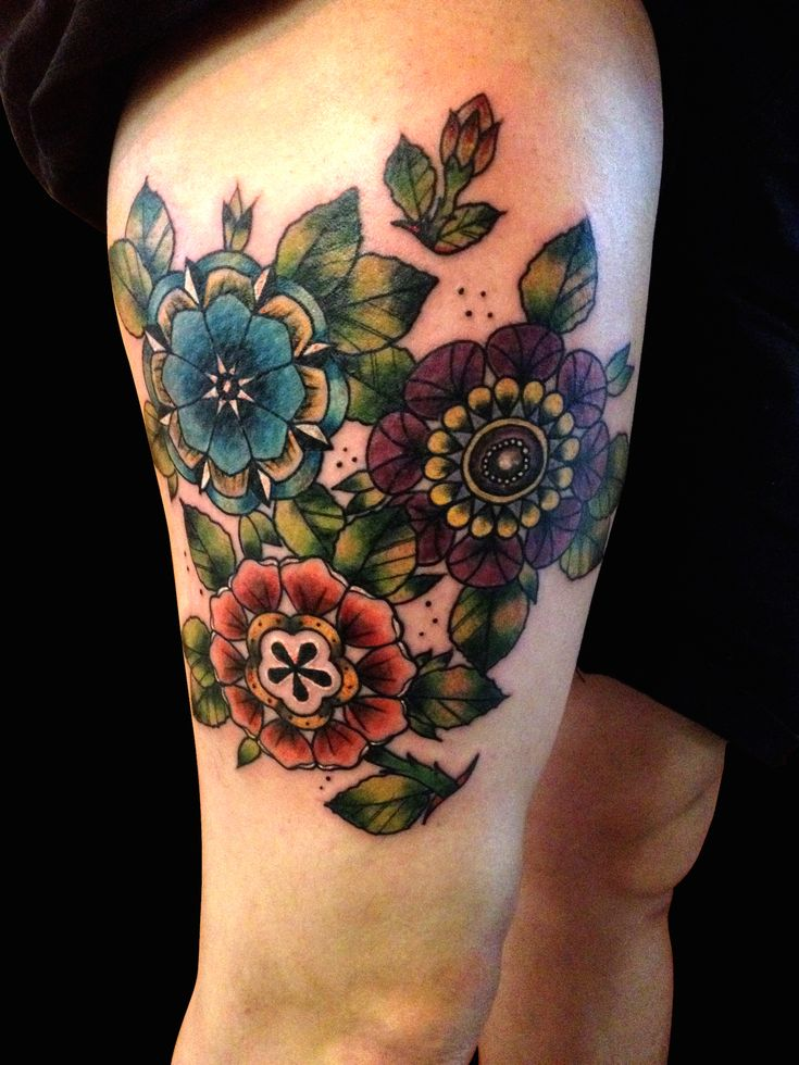 35 best neo traditional flower tattoo designs images on pinterest traditional flower tattoos. Black Bedroom Furniture Sets. Home Design Ideas