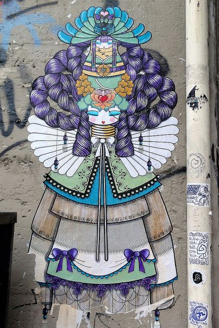 ...by Silver 12 on flickr..koralie Paris 3ene....seriously invredible detail,colors,and life to street art. Many Unrecognized talented artists!!