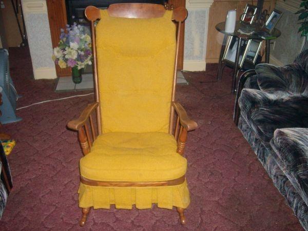 ... rocking chair rocking chairs forward vintage rocking chair craigslist