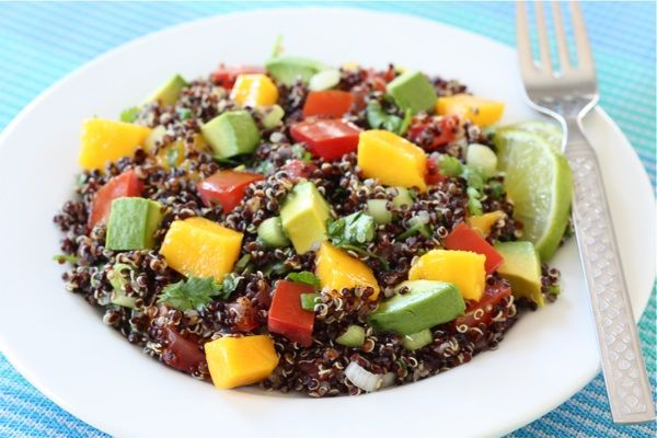 Black Quinoa Salad with Mango, Avocado, & Tomatoes #Recipe | food and ...
