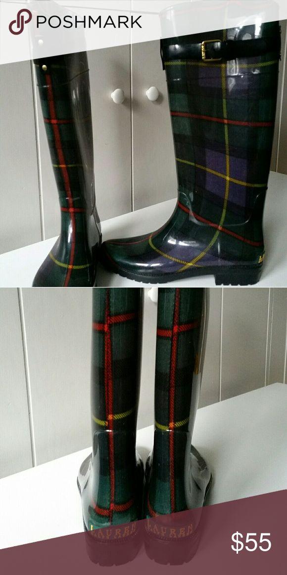 Lauren Ralph Lauren Rossalyn ll Women's Rain Boots Stylish rain boots with a plaid pattern in excellent condition. Never worn. Lauren Ralph Lauren Shoes Winter & Rain Boots