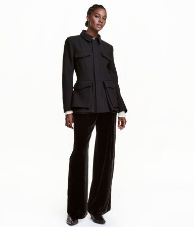 Black. STUDIO COLLECTION. Short, fitted twill jacket in thick wool-blend fabric. Collar, zip and wind flap with concealed snap fasteners, chest pockets with