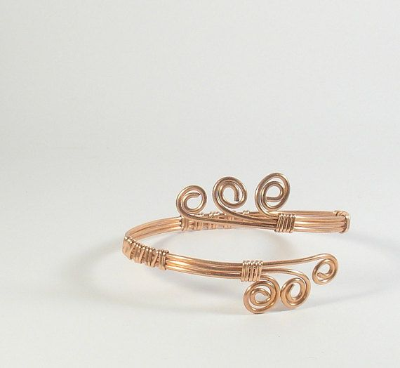 Copper wire wrapped bracelet. Copper bracelet for women with spirals.