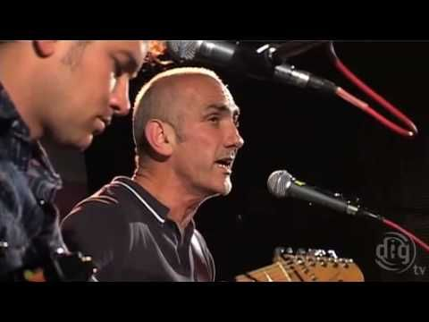 paul kelly .... the only song about making gravy that can make me cry!