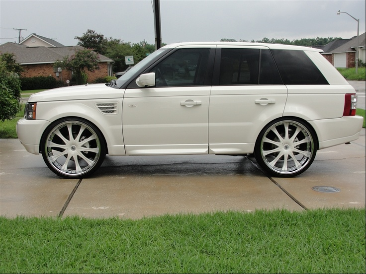 2009 Land Rover Range Rover Sport  http://www.chocomeet.com