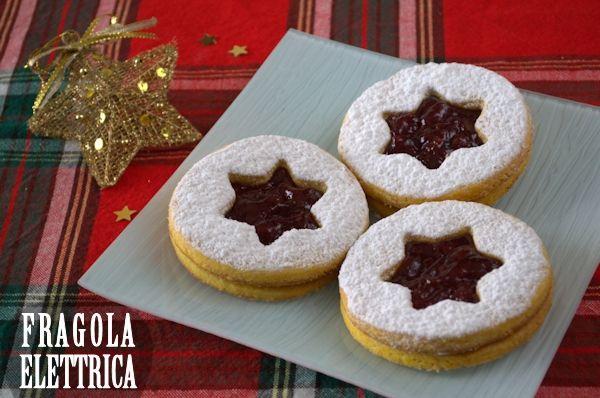 BISCOTTI DELLE FESTE fragolaelettrica.com Le ricette di Ennio Zaccariello #Ricetta #Natale
