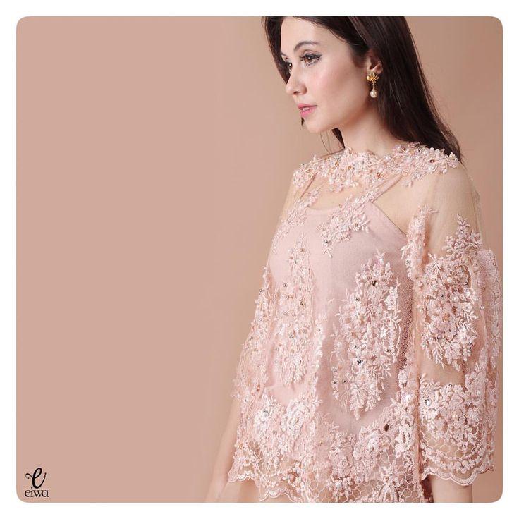 simple long sleeve lace top, kebaya modern indonesia brokat http://www.eiwaonline.com