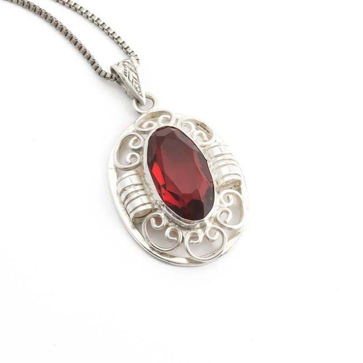 Aurora Patina Sierlijke zilveren Jugendstil hanger met diep rode steen en zilveren ketting