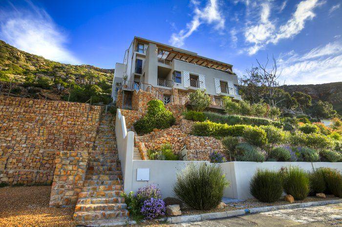 Umnenge House, Simonstad, Kaapstad: http://www.lekkeslaap.co.za/akkommodasie/umnenge-house