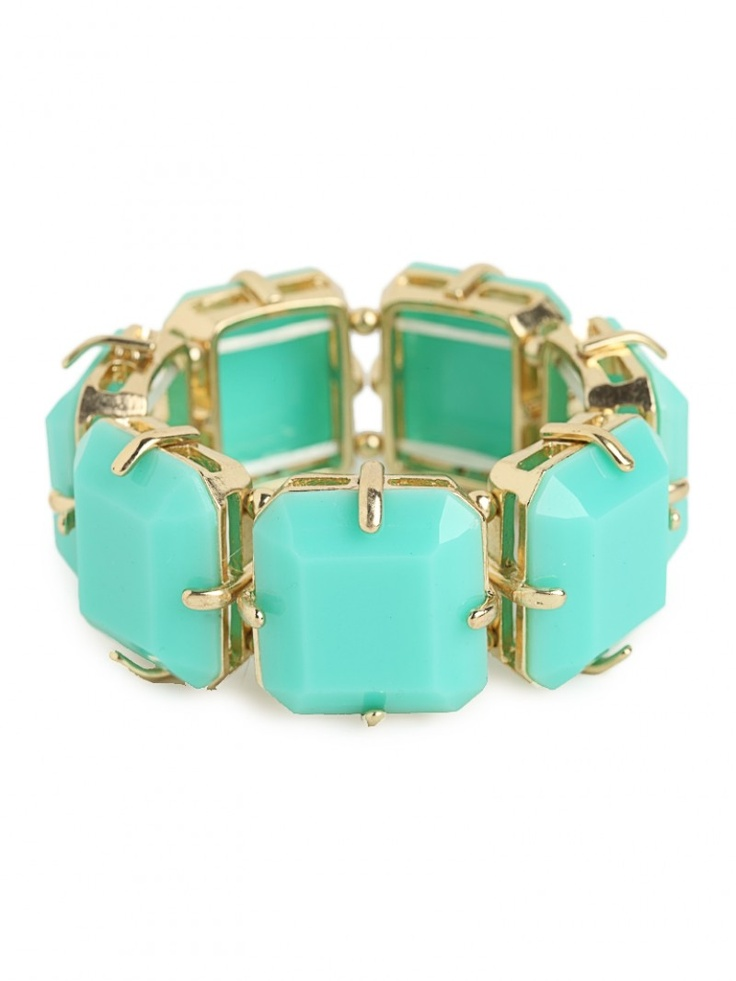 mint gemstone bracelet / baublebar. Would look nice with a tan and a white top :)