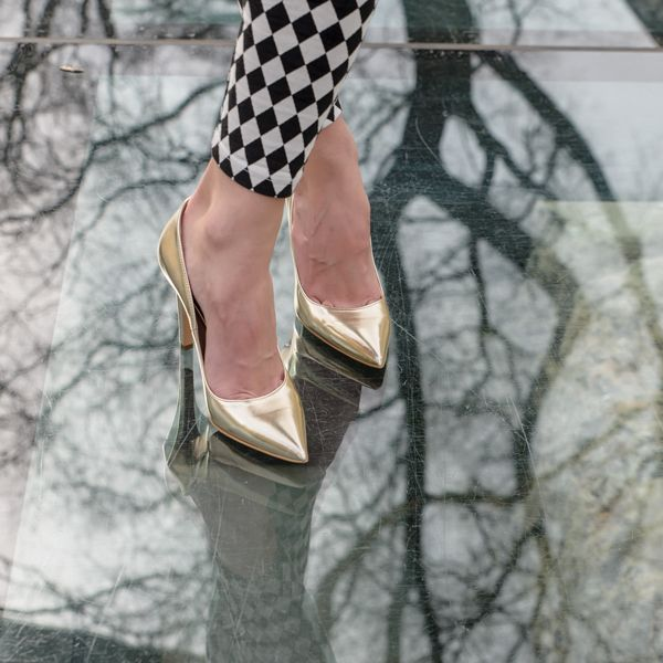 Gold leather shoes, italian manufacture