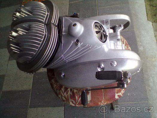 ZÁVODNÍ MOTOR JAWA 350 PÉRÁK - 1