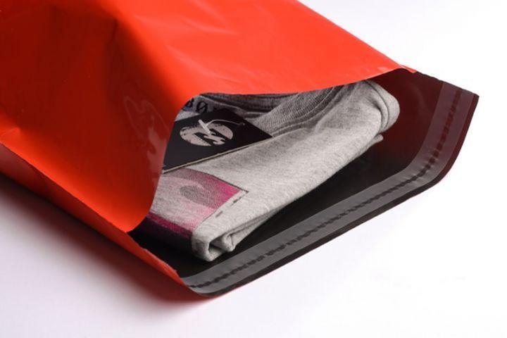 Rote Versandtaschen (Versandbeutel) Größe S - folienmailer Versandtaschen aus Kunststoff