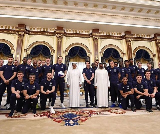 Shiekh Hamdan Bin Rashid Al Maktoum Invited The Arsenal Players Over To The Zagreb Palace In Dubai Hopefully They Arsenal News Zagreb