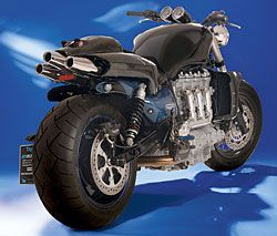 Triumph Rocket 3 streetfighter