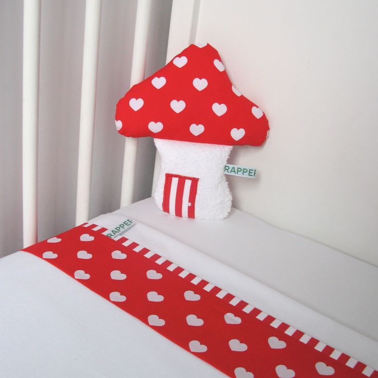 Set cot bed linen/ soft toy - toad stool hart