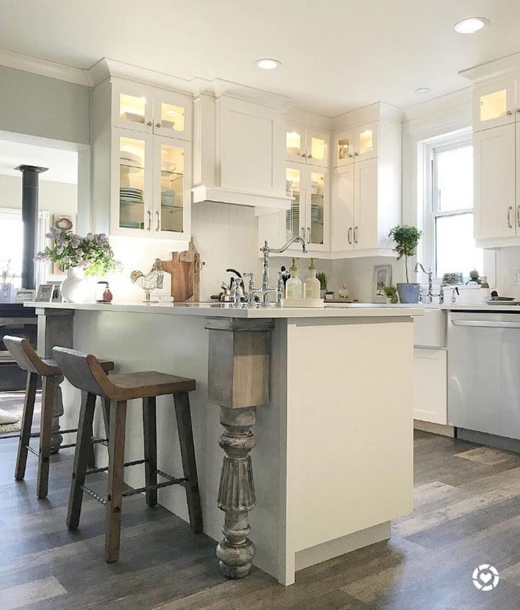 Cottage Kitchens Small Spaces