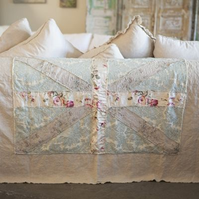 Union Jack Throw -- Rachel Ashwell of Shabby Chic ~~~