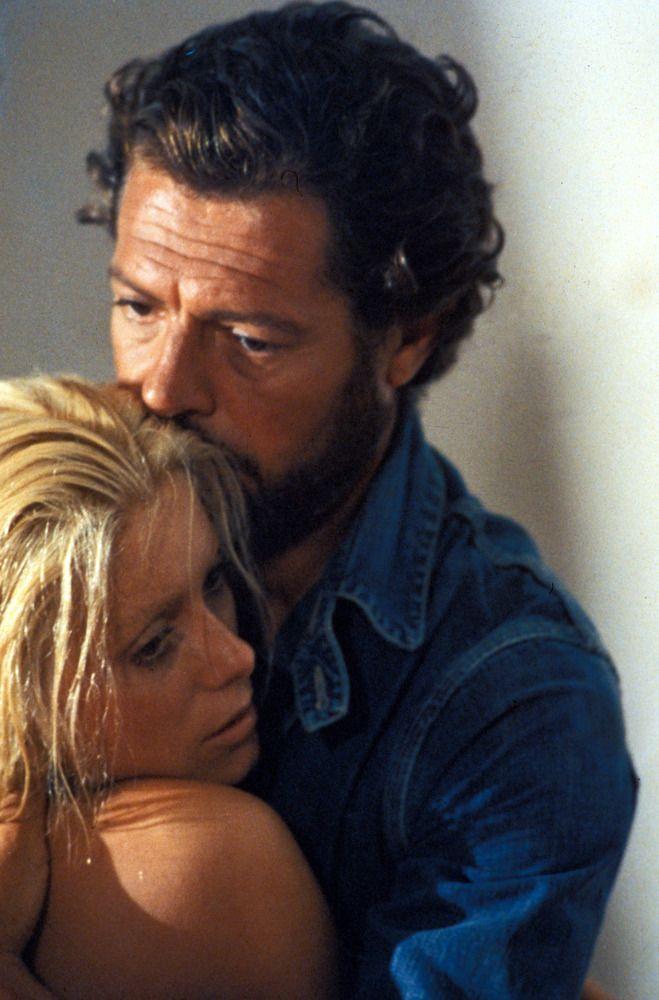 Marcello Mastroianni & Catherine Deneuve