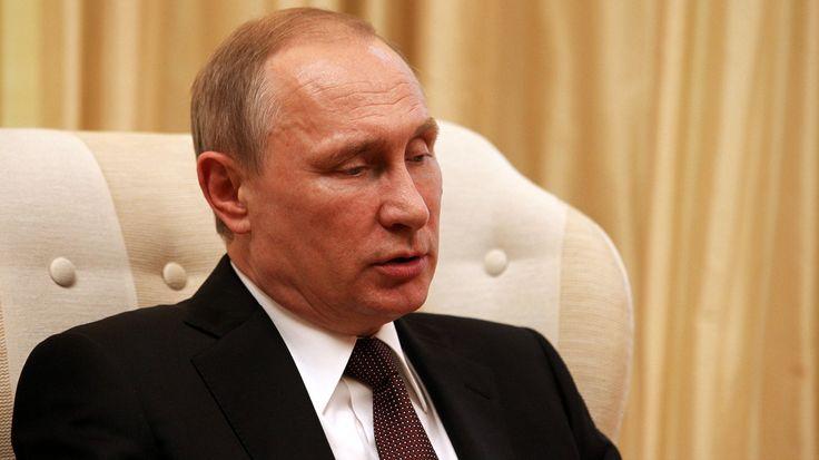 Ρωσία: Υπεγράφη από τον Πούτιν ο αμφιλεγόμενος αντιτρομοκρατικός νόμος