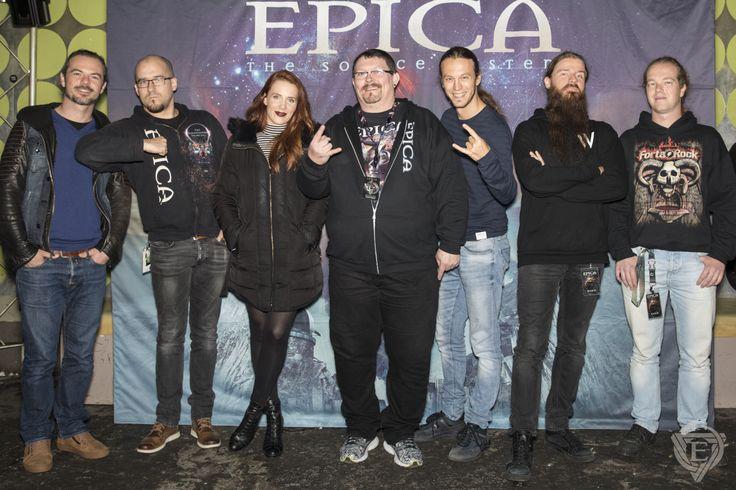 Epica (Simone Simons, Mark Jansen, Isaac Delahaya, Rob van der Loo, Coen Janssen, Arien van Wersenbeek) @Essigfabrik Cologne 13.11.2017