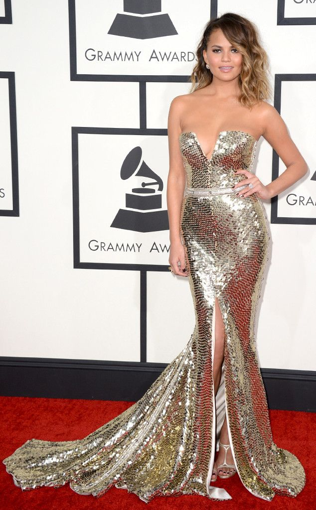 Chrissy Teigen shines at the Grammys in this glittery Johanna Johnson gown!
