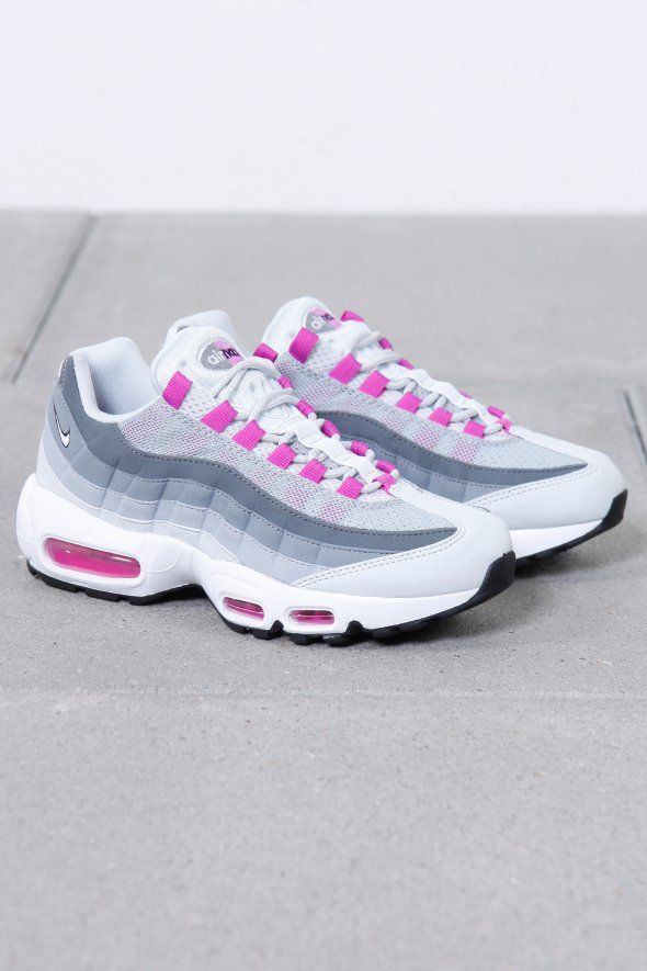 NIKE WMNS AIR MAX 95, nike air max, nike, air, max, nike air, nike max, air max, woman air max, woman nike, woman nike air, woman trends, woman fashion, woman sneakers, woman shoes, sport, sport sneakers, just do it, footwear, woman footwear, sport footwear, footwear trends, ultra, 95, 90, official,