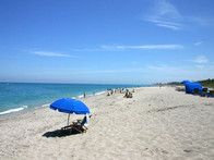 Atlantic Beach, Florida sand soft and white as sugar, brilliant sunshine and azure waters abound. After spending the afternoon strolling the shores, head to Beaches Town Center's pedestrian-friendly cobblestone streets