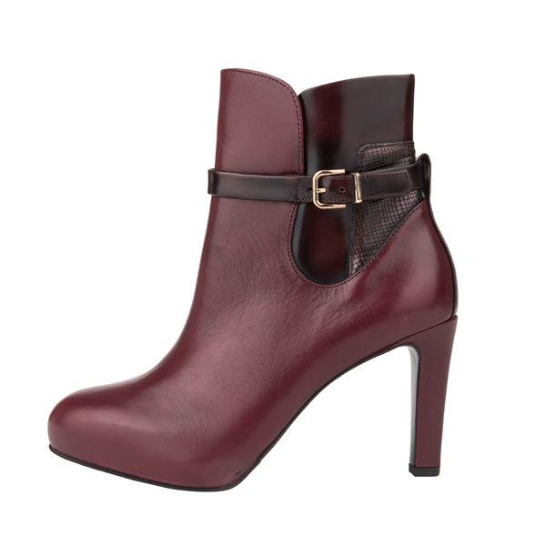 Nice shoes at #Högl l #DesignerOutletParndorf