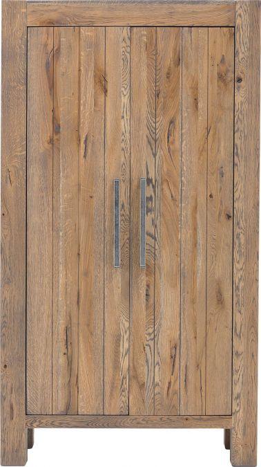 Opbergkast Roots heeft duidelijk zijn oorsprong in woeste natuur! Een solide model met een grove houtstructuur. Het donkergrijze eiken is voorzien van een afwerking in olie. Het meubel is 100cm breed en beschikt over 2 deuren; aan opbergruimte geen gebrek! Op kwaliteit als deze krijgt u een ongekende garantie van maar liefst 10 jaar!