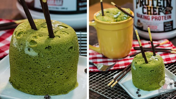 This MATCHA GREEN TEA MUG CAKE is low calorie, DELICIOUS, packed with health benefits, and only takes around a minute to make!