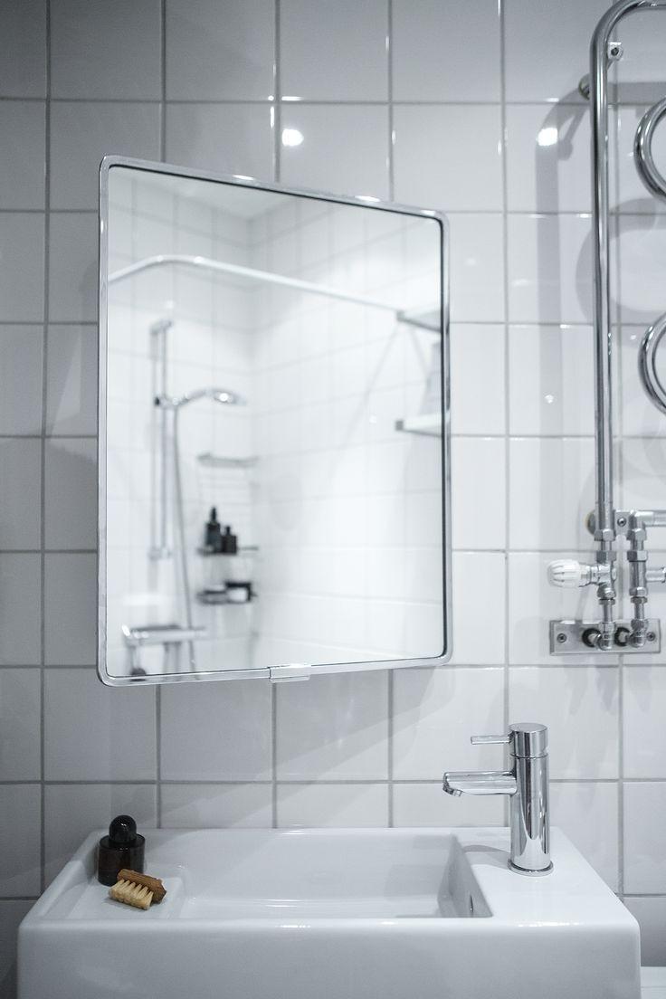 bathroom mirror. Essingestråket 38 | Fantastic Frank