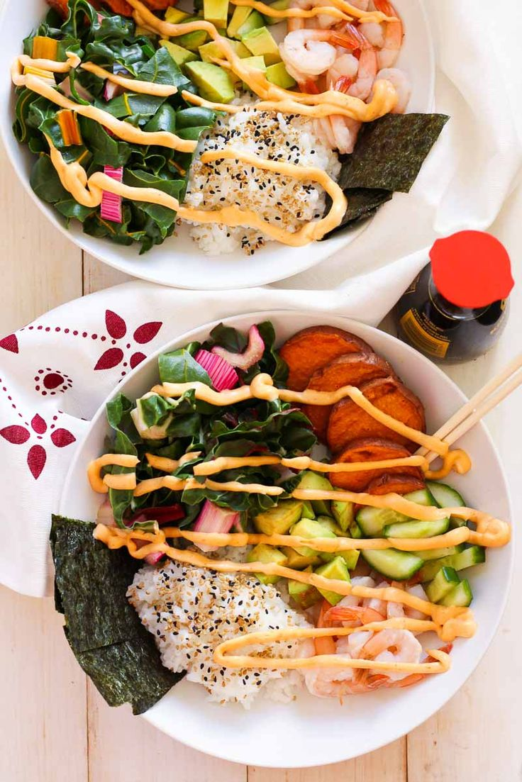 These Shrimp Sushi Bowls with Spicy Mayo are a tasty, healthy lunch idea with the flavours of delicious sushi takeout!