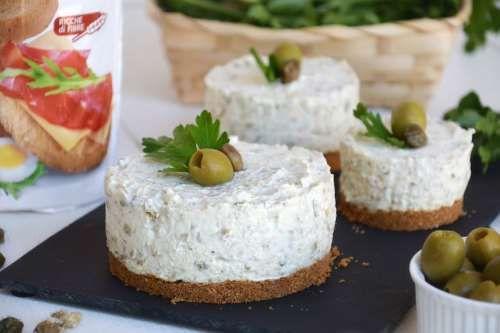 Ricette Cheesecake Cheesecake salato alle olive