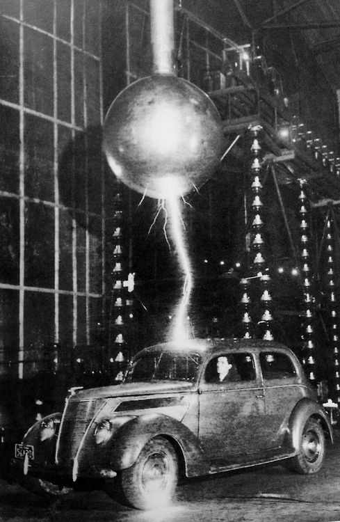 Three million volts hit a car in the Westinghouse Electric Corporation in Pittsburgh for a 'lightning test'.  The passenger remained unharmed.  1940s. (Scanned by WeirdVintage from Getty Images' Decades of the 20th Century: 1940s by Nick Yapp). Tumblr