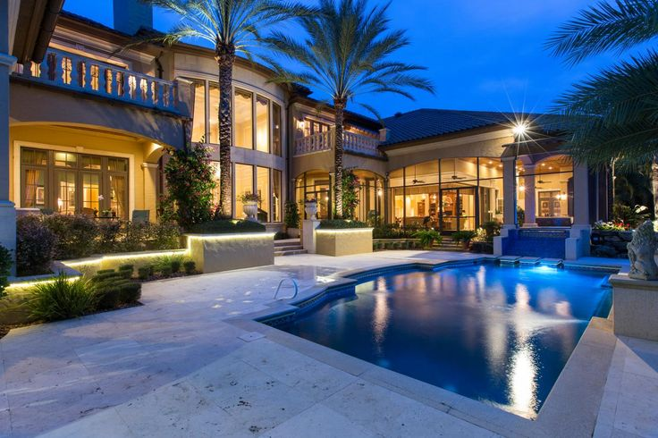 Tour A Luxurious Waterfront Home In Merritt Island Fla