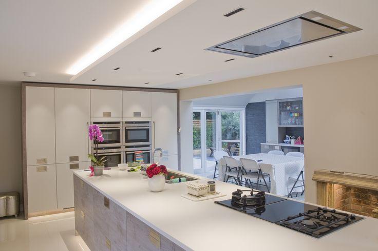Private residence, Brockenhurs, United Kingdom – Lighting products: iGuzzini Illuminazione - Lighting Design: Joe Burke #Laserblade #Lighting #iGuzzini #kitchenlighting