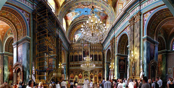 Qué ver dentro de una iglesia ortodoxa griega - http://www.absolutgrecia.com/que-ver-dentro-de-una-iglesia-ortodoxa-griega/