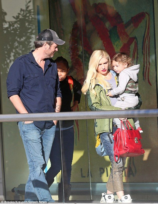 Love is in the air: Blake Shelton and Gwen Stefani enjoyed lunch together with her younges...