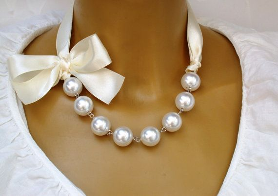 Carrie Bradshaw Inspired Pearl Necklace In Cream Ribbon