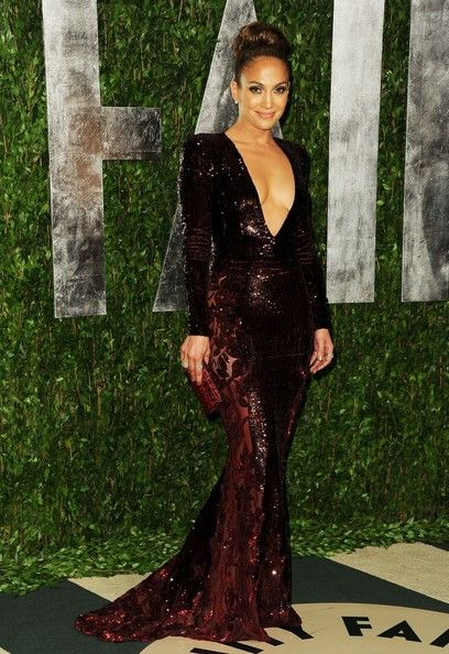 Jennifer Lopez in Zuhair Murad gown.  Best Dressed at the 2012 Oscars Parties.