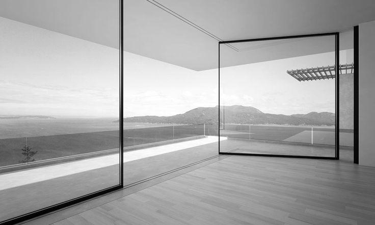 Innovative Turnable Corner Window System by Vitrocsa (2)