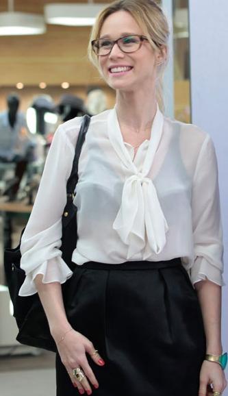 Juliana (Mariana Ximenes)