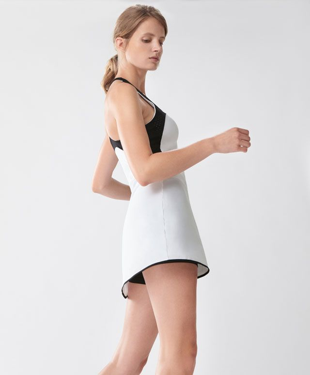 Tennis dress - Jumpsuits - Spring Summer 2017 trends in women fashion at Oysho online. Find lingerie, pyjamas, slippers, nighties, gowns, fluffy, maternity, sportswear, shoes, accessories, body shapers, beachwear and swimsuits & bikinis.
