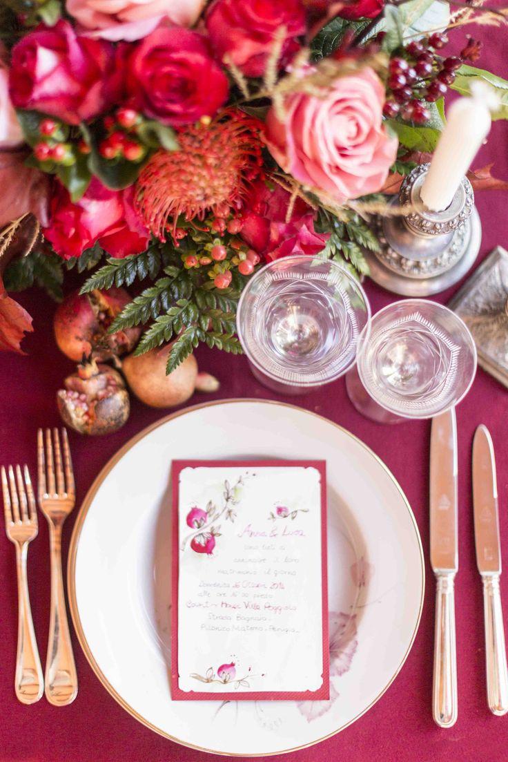 Matrimonio Autunno in Umbria - mise en place - Rosso porpora