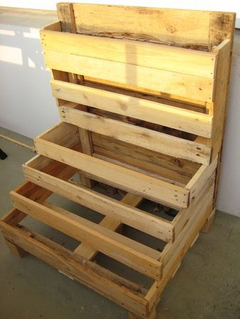 Everyone that has a garden has a planter box. So why not make your own planter box out of some pallets?! Below is a beautifully made box with multiple levels. So cute!