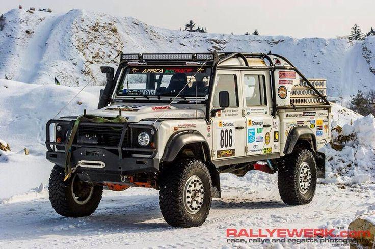 land rover defender 130 rallye land rover pinterest. Black Bedroom Furniture Sets. Home Design Ideas