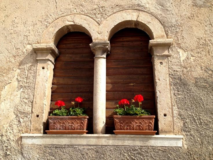 mullioned windows #malosco #ValdiNon #Trentino