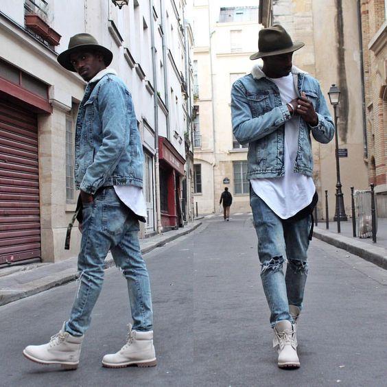 Jaqueta Jeans. Macho Moda - Blog de Moda Masculina: Jaqueta Jeans Masculina: Pra Inspirar e Onde Encontrar. Moda Masculina, Roupa de Homem, Moda para Homens. Jeans com Jeans, Chapéu Masculino, Bota Branca, Camiseta Longline