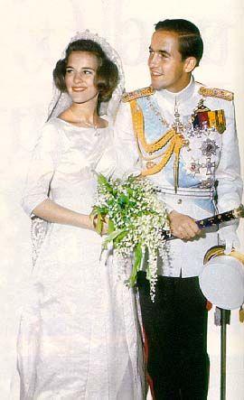Wedding photo of King Konstantin II of Greece (1940) and Princess Anne-Marie of Denmark (1946)